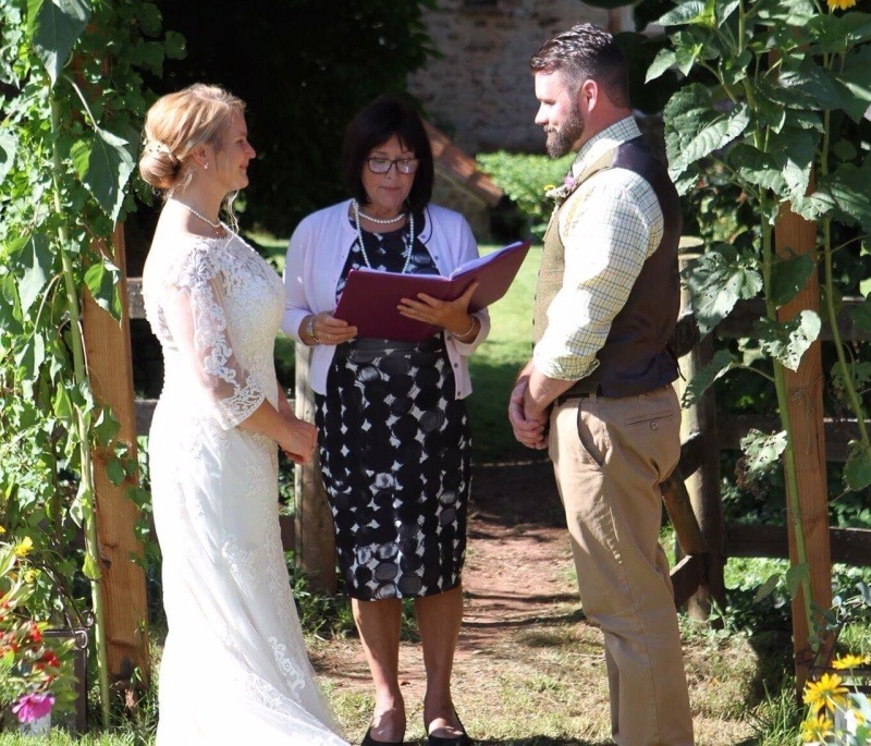 The Somerset Celebrant  - A Country Garden Wedding