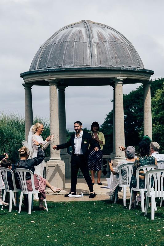 Somerset Celebrant - Smashing the Glass Ceremony