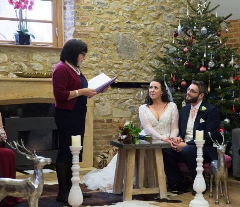 Wedding Celebrant - Winter Wedding - Christmas Wedding