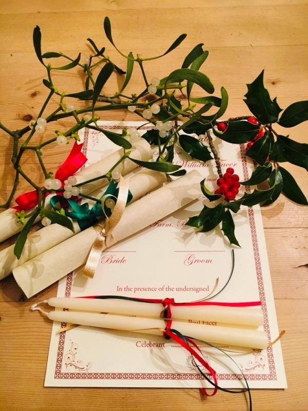 Wedding Celebrant - Winter Wedding Elements