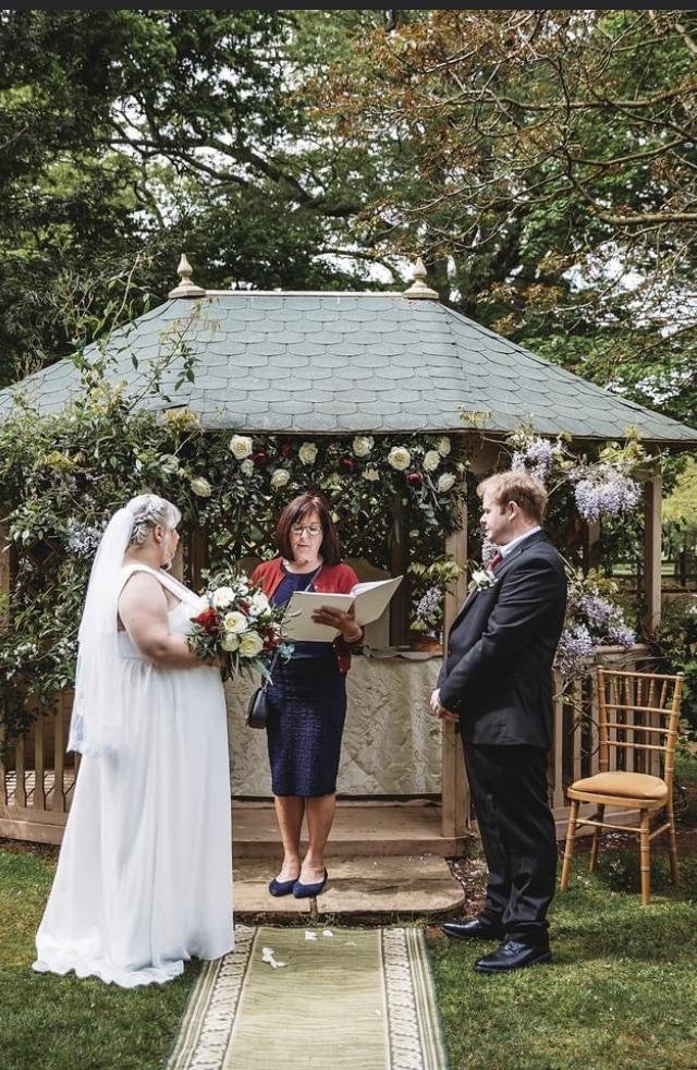 Wedding Celebrant - Lithuanian Wedding radition